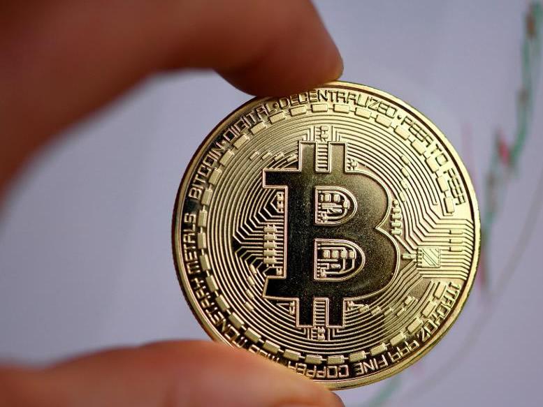 Prezzo Bitcoin vicino a 10.000$ dopo ultima dichiarazione FED