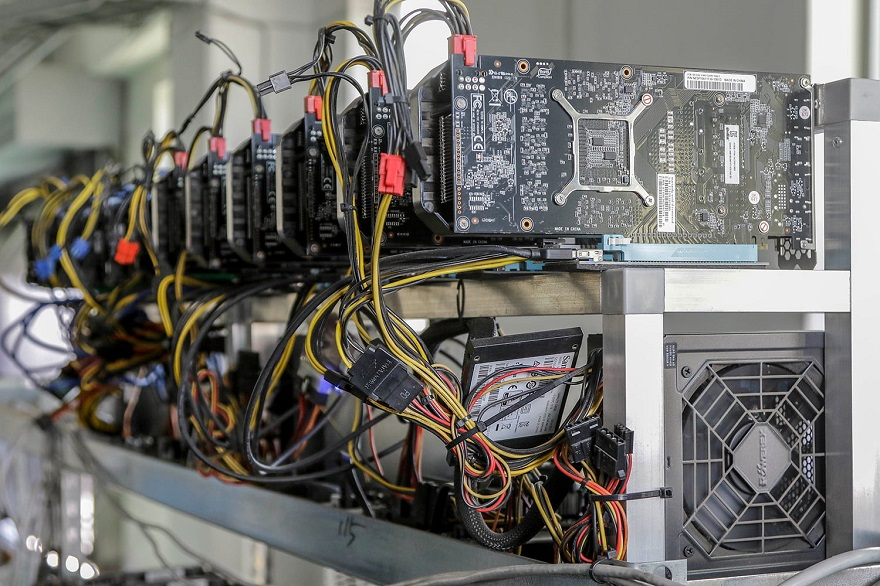 la creazione di bitcoin minatore